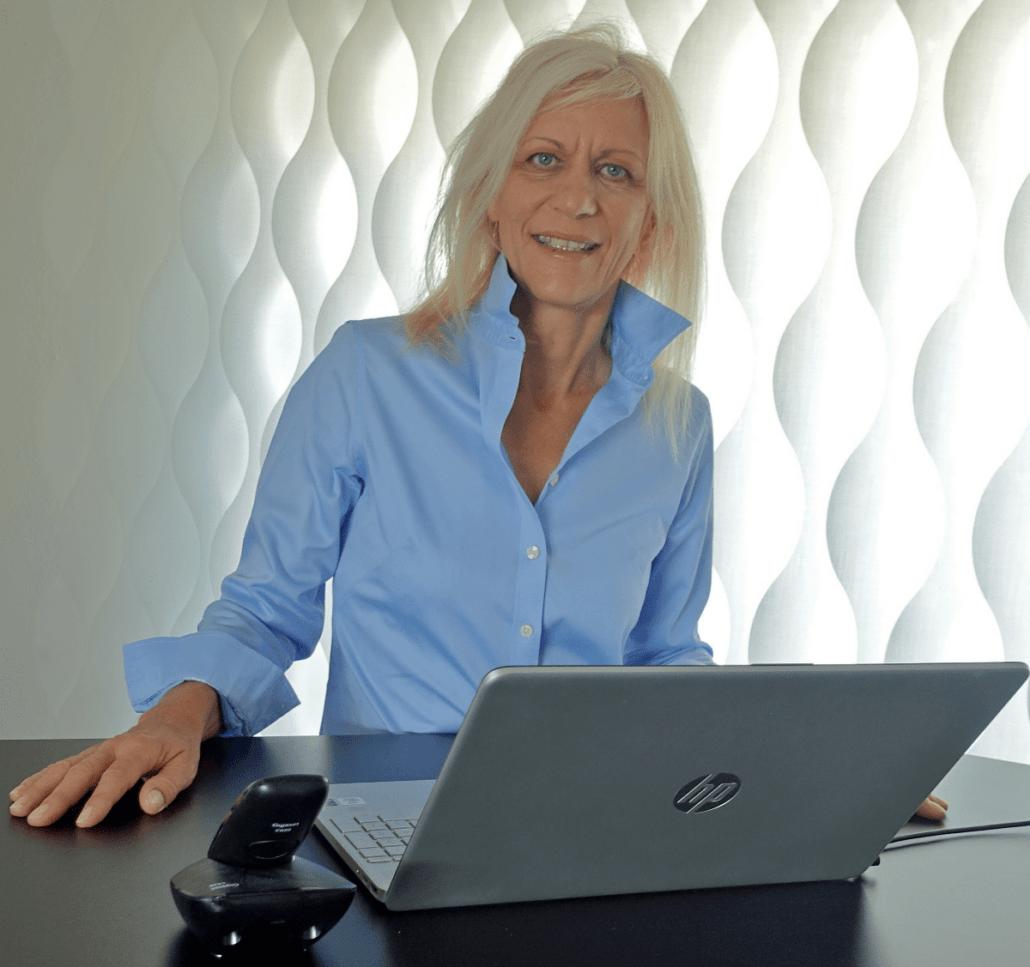 Portraitfoto Silke Schwager, Travel Expertin bei der Ferienberatung von aktivWEB